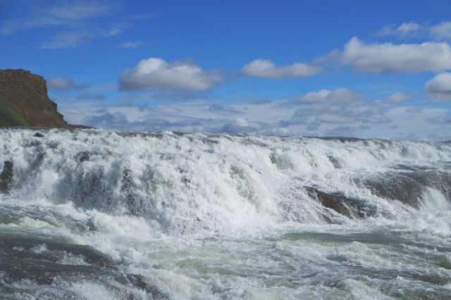 2. Tag: Thingvellir Nationalpark – Geysire – Wasserfall Gullfoss
